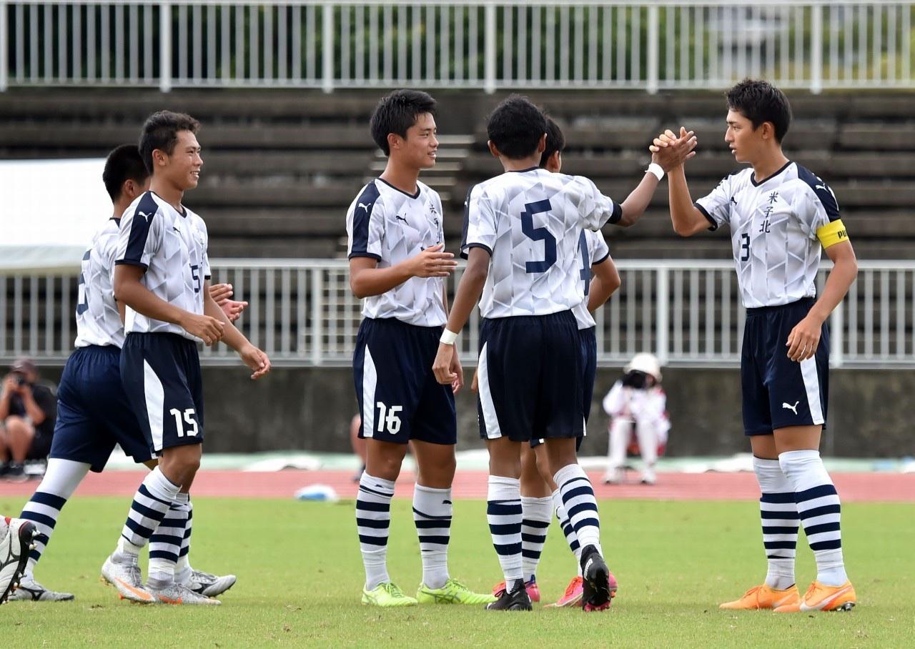 サッカー:インターハイ 3回戦 8/18 日章学園戦 試合結果
